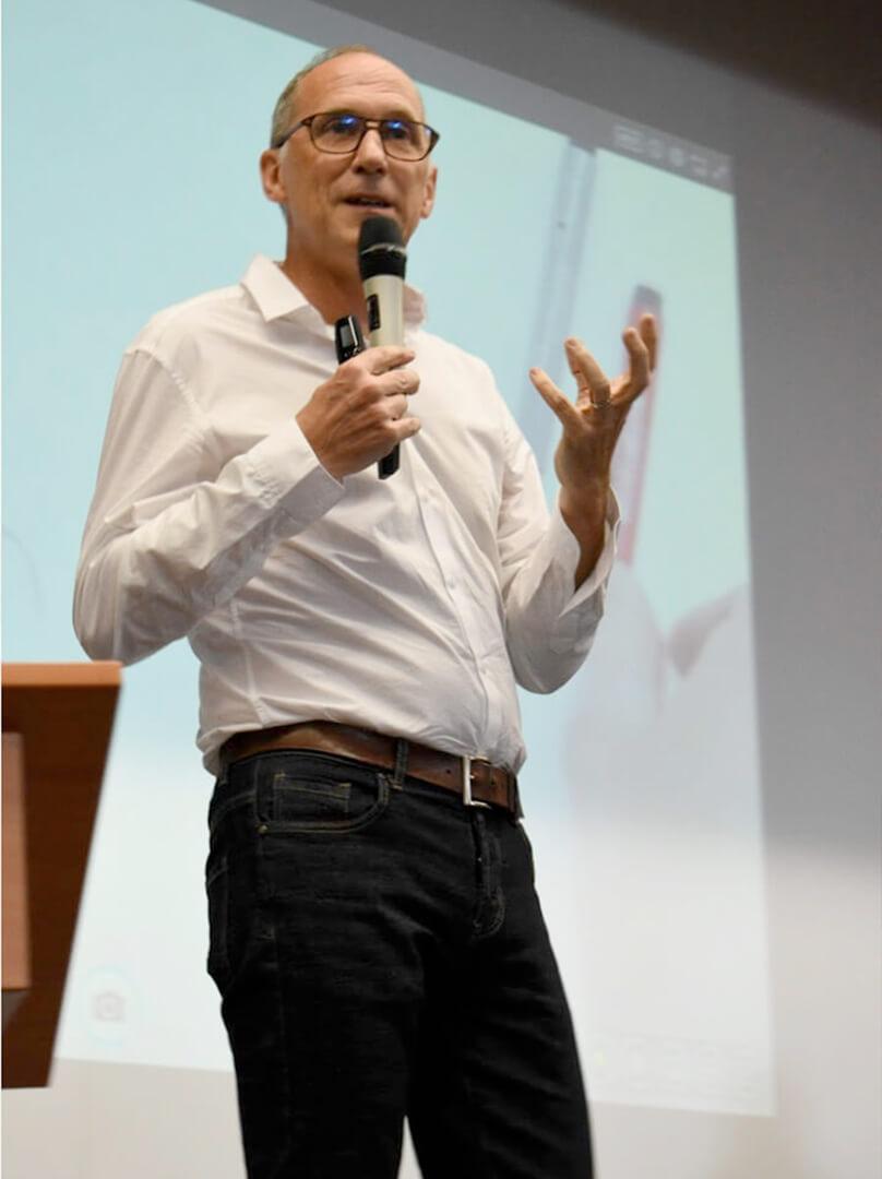 Conférence de Serge Darrieumerlou pour Activate Innovation sur l'adaptabilité des entreprises face à l'innovation