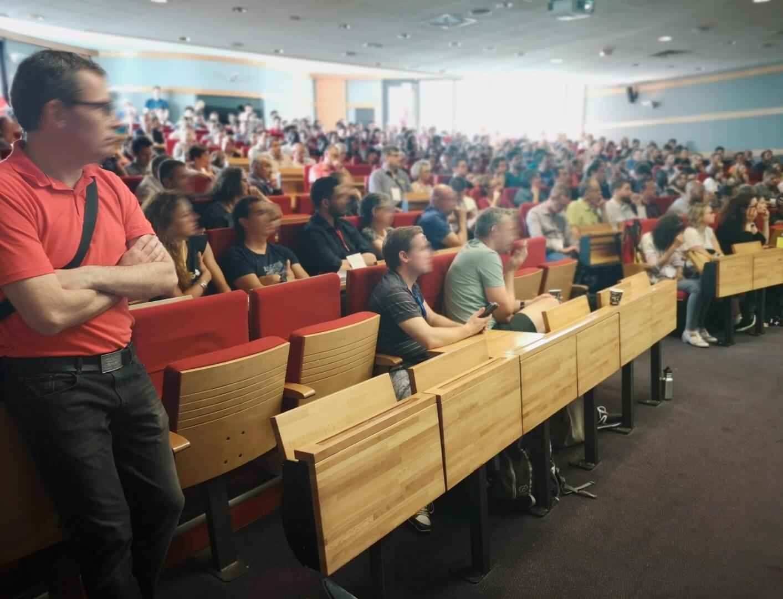 Conférence sur l'évolution des entreprises et l'adaptabilité